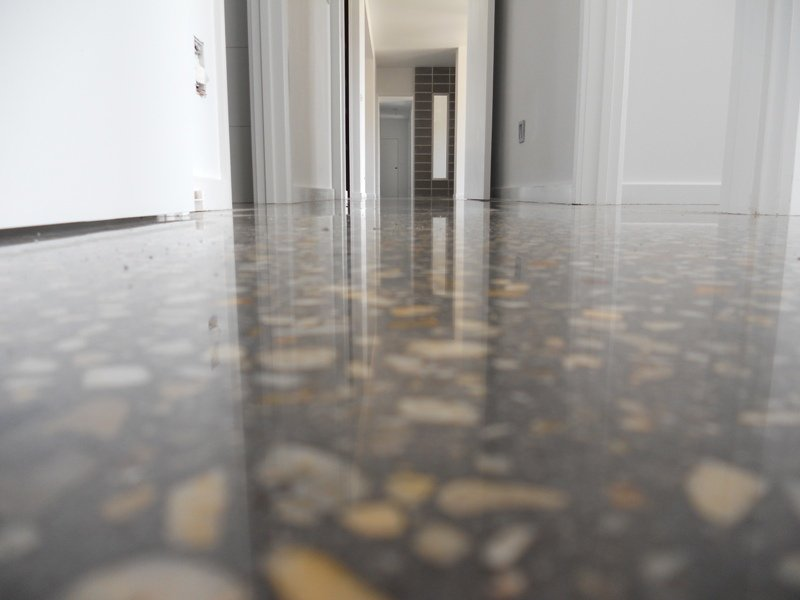Are Polished Concrete Floors Slippery? | Blog | Carbolink India